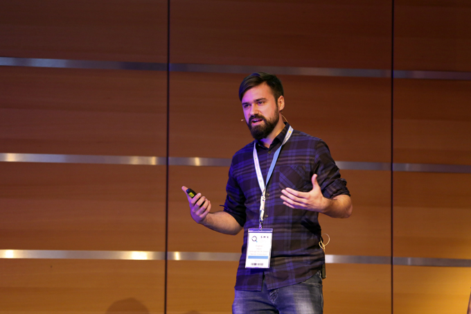 eoghan-henn-talking-about-hreflang-at-smx-munich-2016